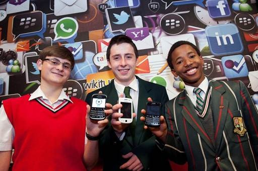 Grade 10 & 11 Learners build apps in 10 weeks with Blackberry -